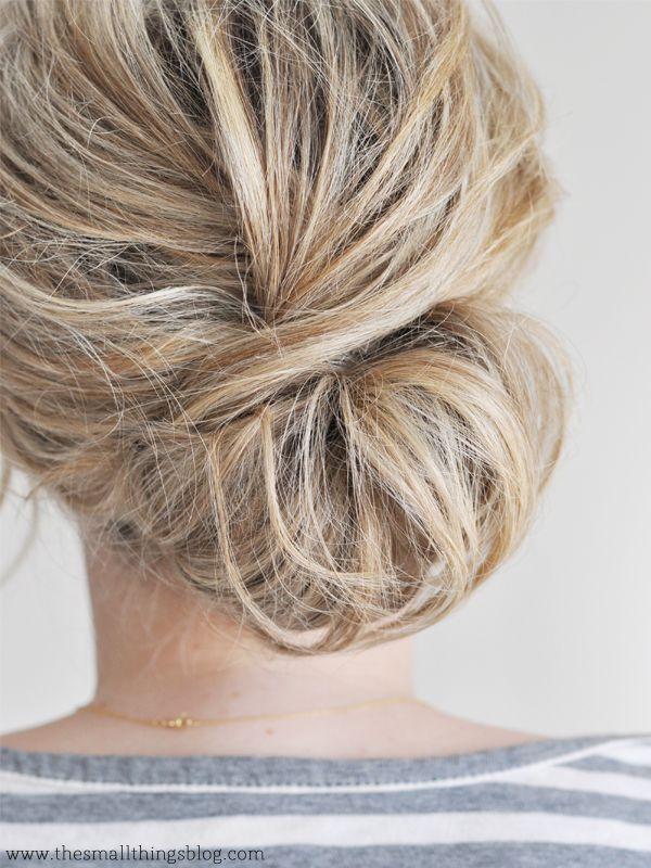 blonde-chignon