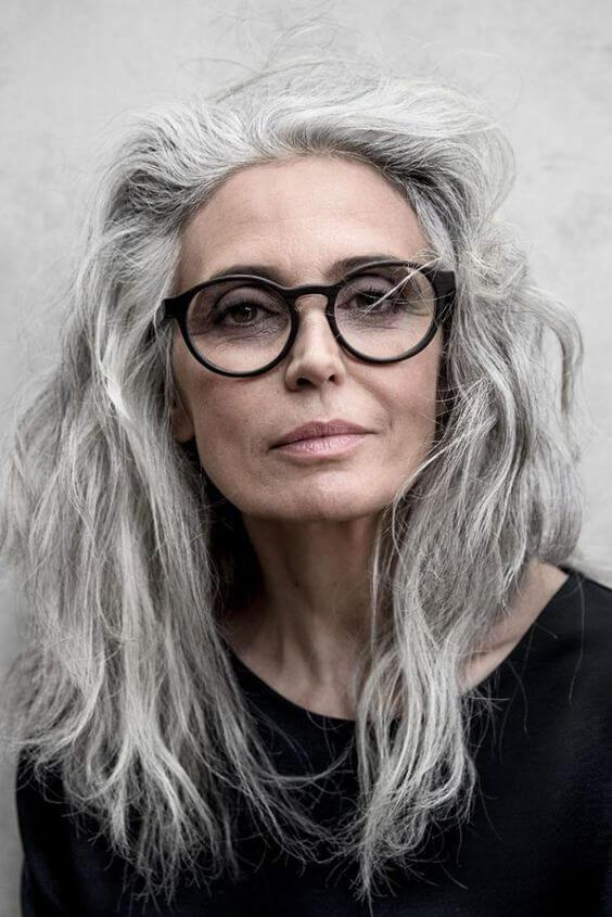 kapsels-oudere-dames-bril