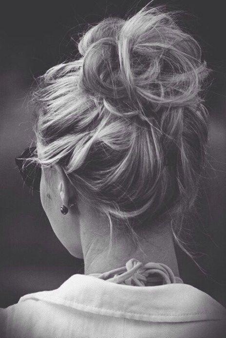messy-bun-hair