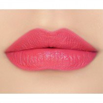 makeupgeek-iconic-lipstick-lip-swatch-clumsy