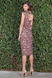 Pin-up-kleding-stop-staring-jurk