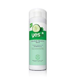yes-to-cucumbers-shampoo-gekleurd-haar